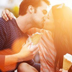 Как правильно целоваться и какие бывают способы поцелуев?