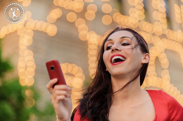 Как развеселить девушку в переписке по смс